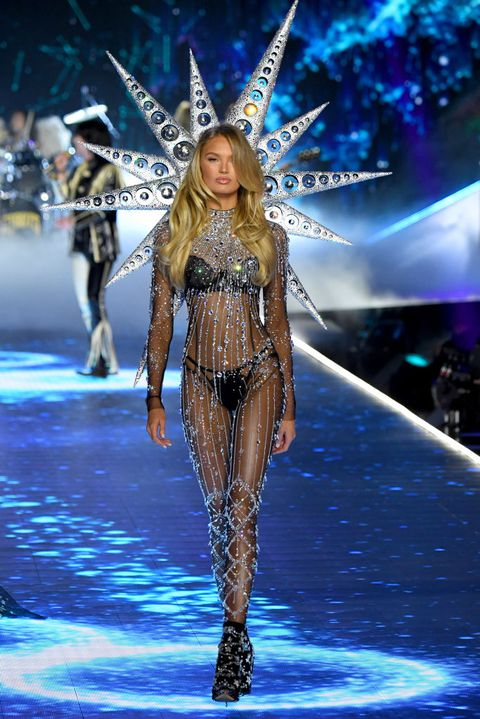 2018 Victoria Secret Fashion Show Highlights