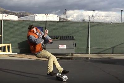 Video: Riding A Overboard Is Not As Easy As It Looks... No Helmet, No Ride Kids!