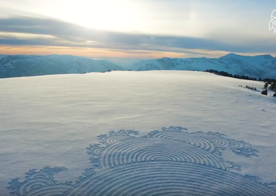 Video: Man Creates Enormous Murals Using Only His Footsteps In The Snow For Exercise!