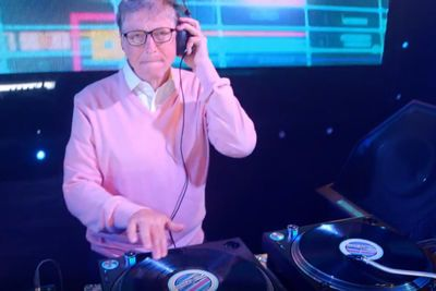 Video: Bill Gates Spinning The Decks And Breaking It Down On The Dance Floor To Help Promote Gatesletter.com