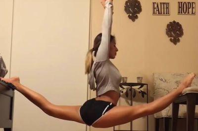Video: Calisthenics Crazy Strength & Flexibility.