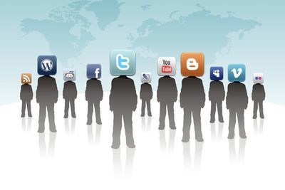 Video: How Social Media Affects The Way You See The World!