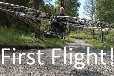 Video: Diy 72-rotor Flying Machine!!