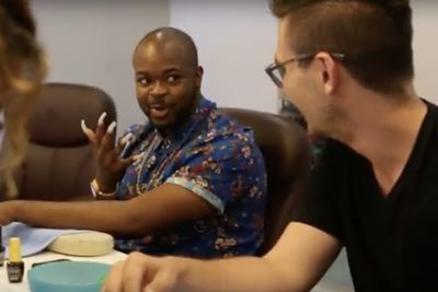 Video: Guys Try Acrylic Nails For A Week