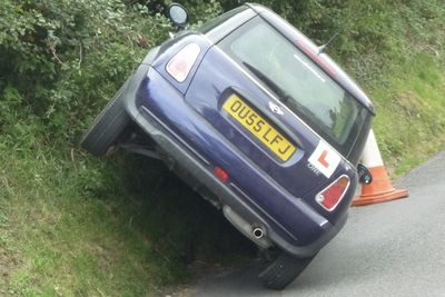 Learner Driver Hilarious Fail