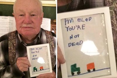 Video: Cards That Parents Wont Be Displaying On The Fridge....