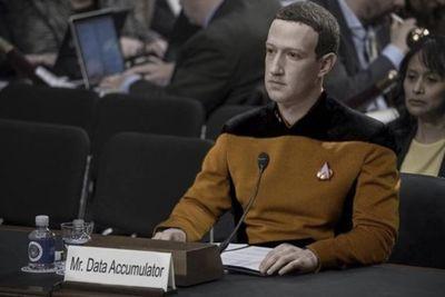 Video: Mark Zuckerberg: Lamp Or Human?