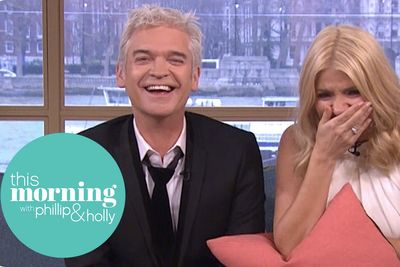 Video: Warning: Giggling Is Infectious And You Wont Be Able To Stop!