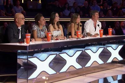 Olivia Munn Slams Golden Buzzer For The Angel City Chorale