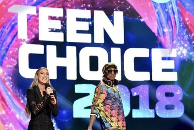 Video: Everything You Need To Know About The 2018 Teen's Choice Awards