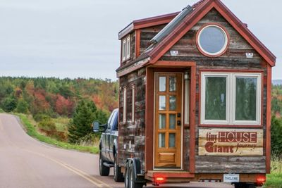 Living Big in a Tiny House - The Downsides.