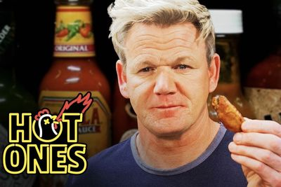 Gordon Ramsay Savagely Critiques Spicy Wings