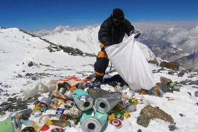 Mount Everest: The Poopsicle Covered Trash Heap