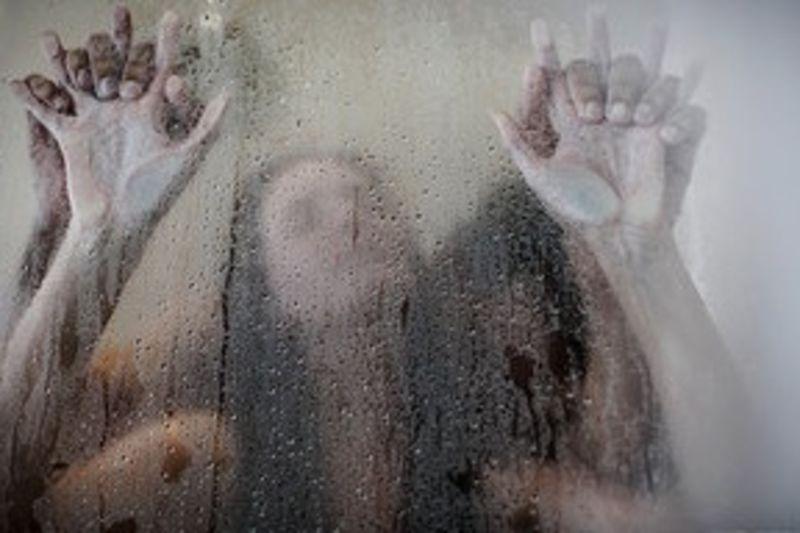 Upeat, vaikeasti hankittavat poikaset pääsevät villisuhdeväkivaltaan kuumimpaan huippulaatuiseen Hot Sex shower sex Porno HD: Kylpeminen, Seksi.
