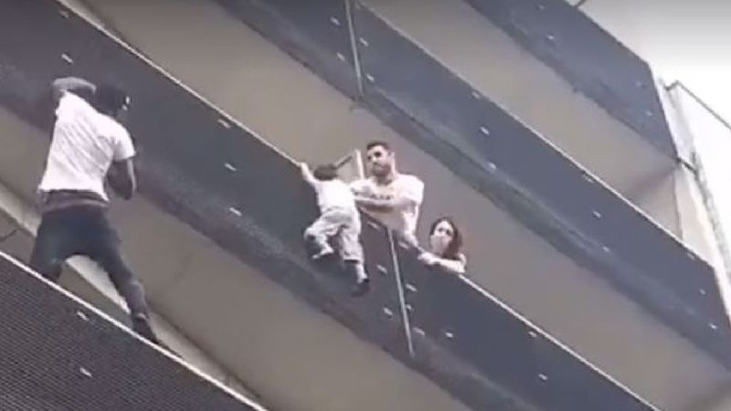 Video: Real Life Spiderman Scales A Building To Save A Child 1
