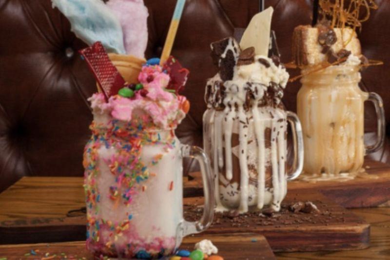 Video: 5 Mouth Watering Boozy Adult Milkshakes 1