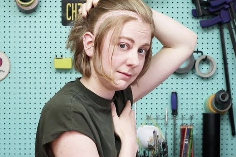Video: Simone Giertz Is Back On Youtube After Brain Surgery! 1