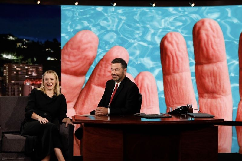 Kristen Bell Reveals Her Pruney Finger Phobia On Jimmy Kimmel Live 1