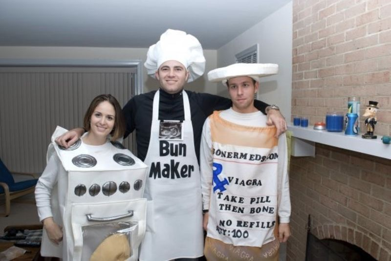 The Most Cringeworthy Couples Halloween Costumes 1