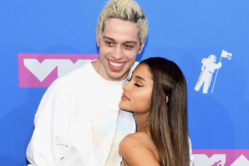 Ariana Grande And Pete Davidson Call Off Their Engagement 1