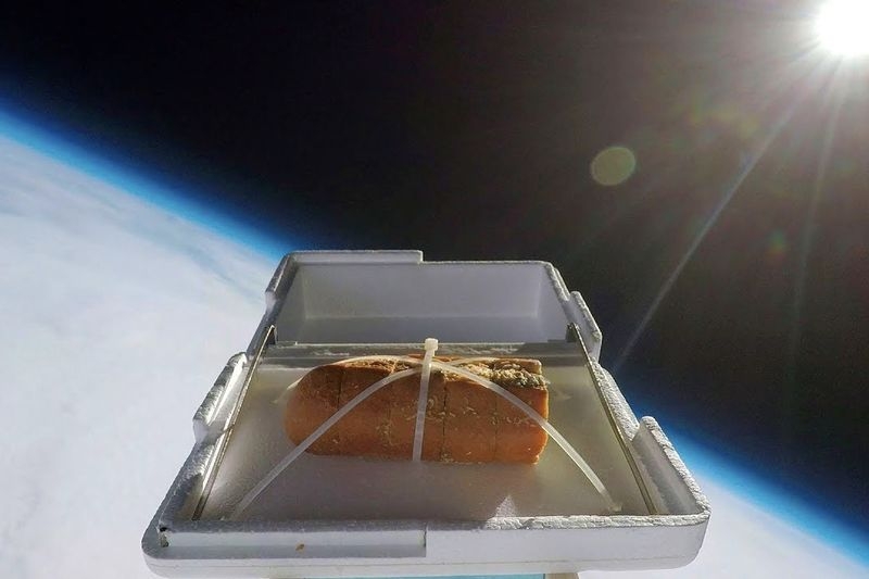 Sending Garlic Bread To The Edge Of Space And Back – Then Eating It 1