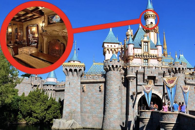 Disney Park Secrets 1