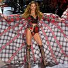 2018 Victoria Secret Fashion Show Highlights 2